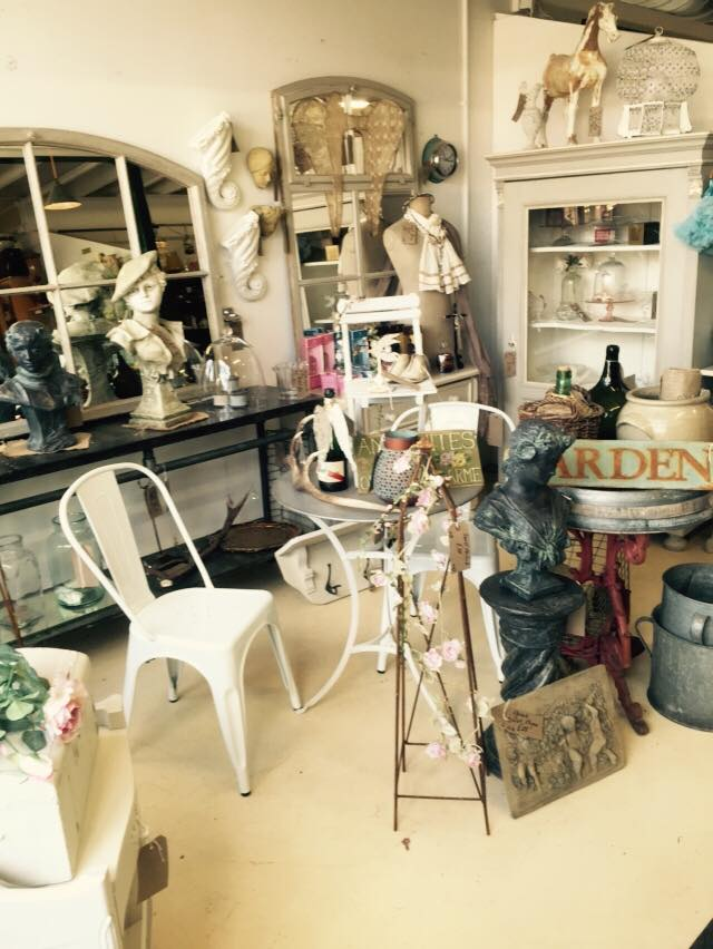 Banbury Antiques Centre Interior Designer Antonia Lowe