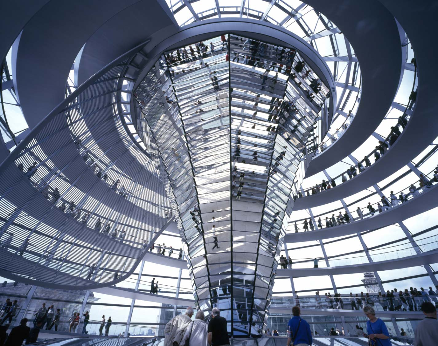 Reichstag Roof Extension - Foster and Partners - Glass ...
