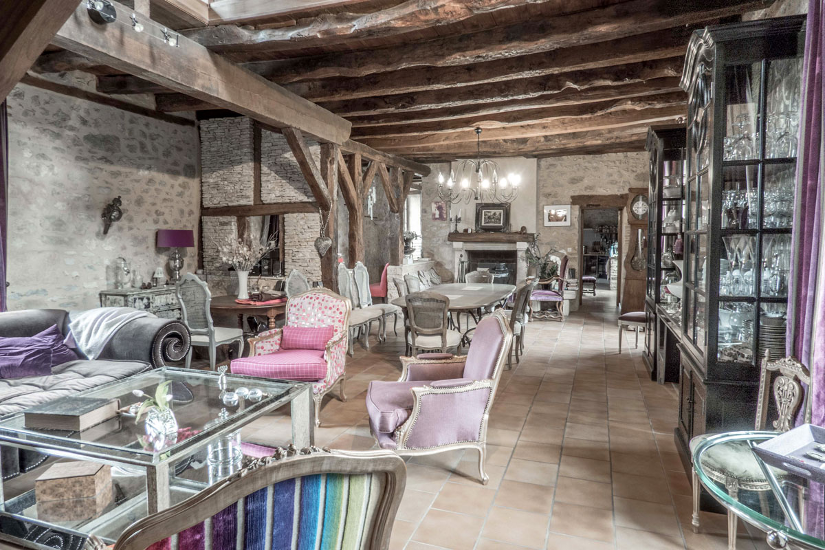 The Beautiful Dordogne - British Interior Designer Dordogne Interior.