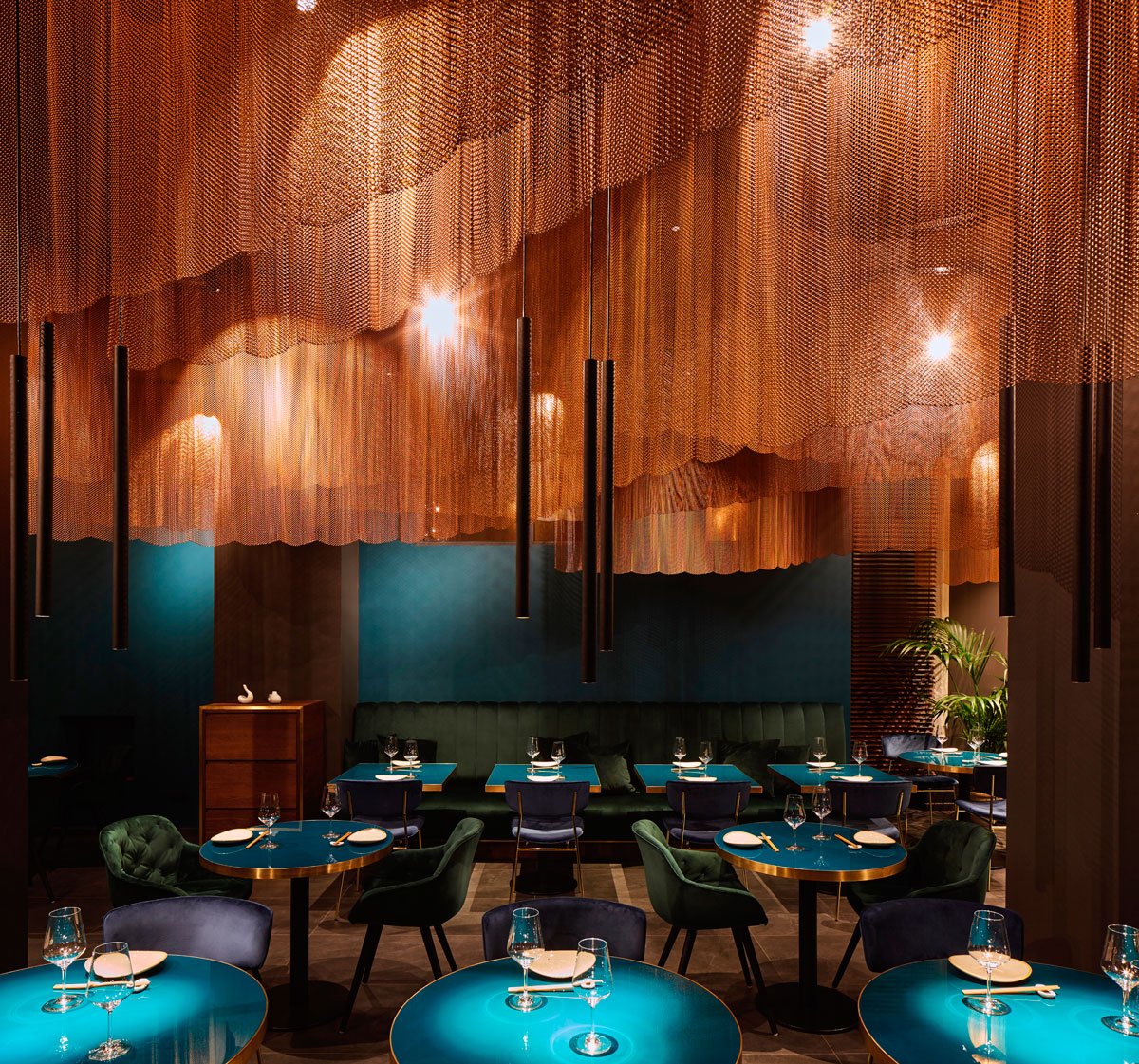 Nishiki Restaurant Milan And The Pleasure Of Sushi In A Modern Japanese Restaurant By Naos Design Interior Designer Antonia Lowe